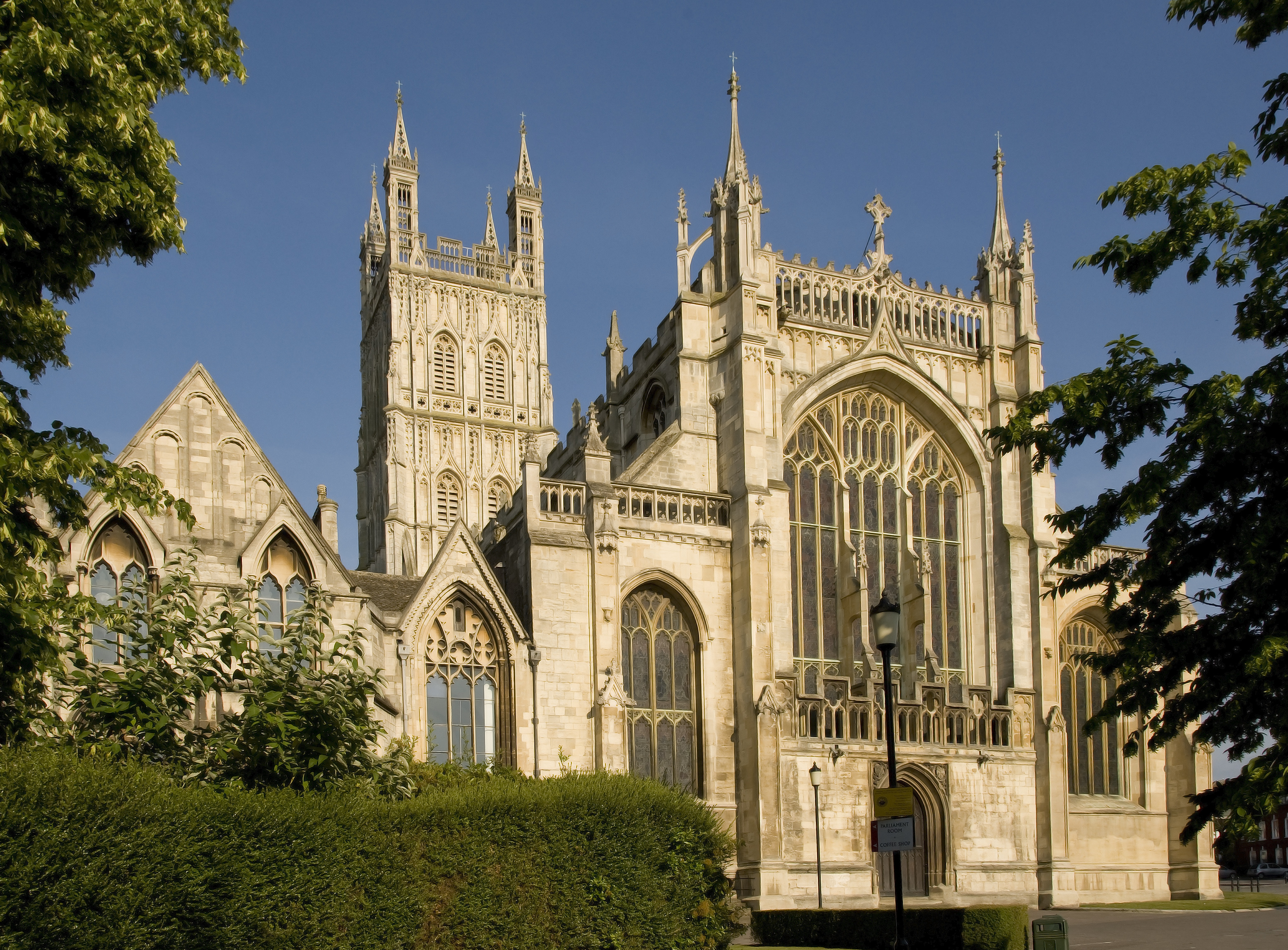 gloucester_cathedral